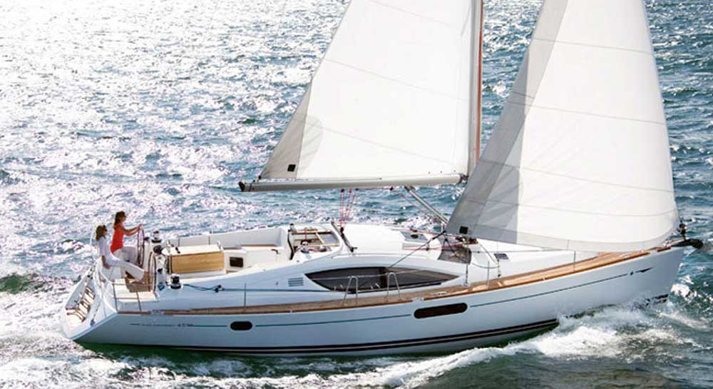 Jeanneau 45 Sail Yacht on Charter in Mumbai